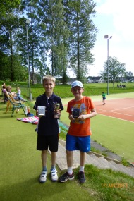 Fergus & Daniel - 10s boys